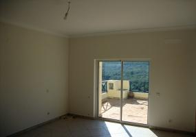 Loulé,Portugal,4 Bedrooms Bedrooms,3 BathroomsBathrooms,Villa,1011